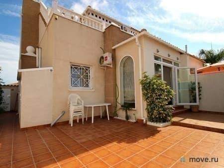 Продается дом, 165 м², 1 сотка, Торревьеха