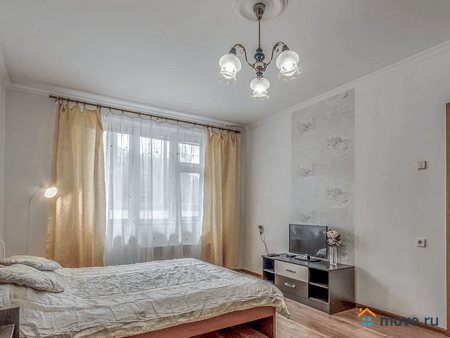 Аренда квартиры на сутки, 36 м², Москва, улица Бирюлевская, 1к3